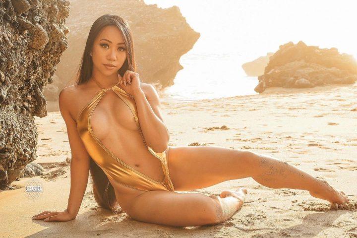 hot sexy beach girl