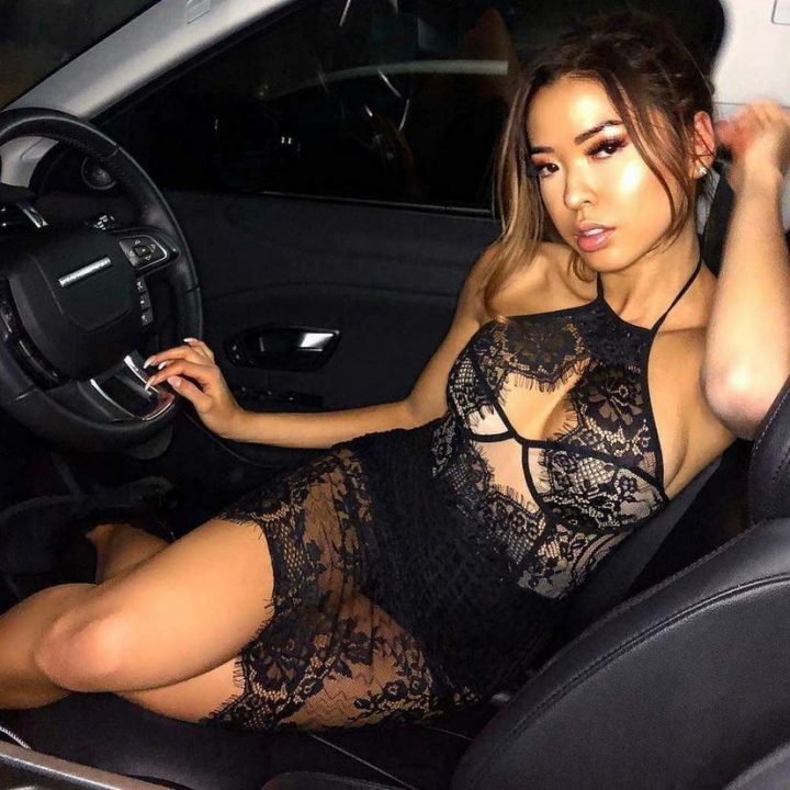 Super hot asian in lingerie