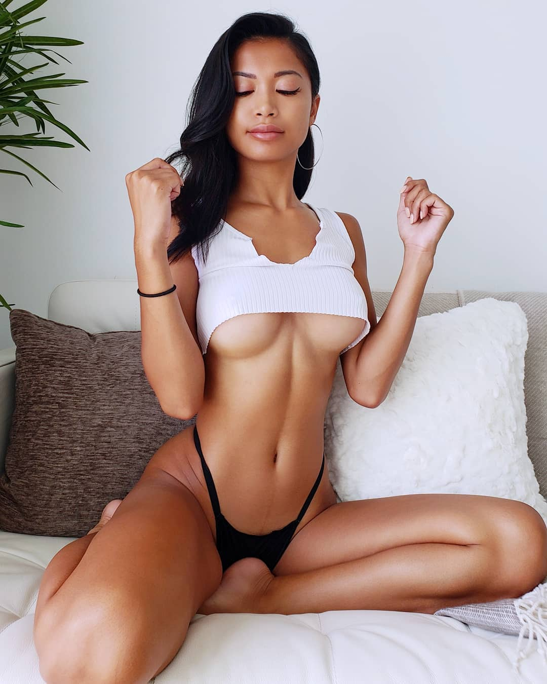 Chanel Uzi